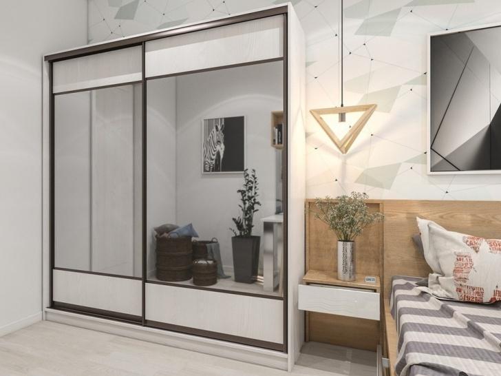 Двухдверный шкаф купе в спальню с зеркалом «Манхеттен – 5»