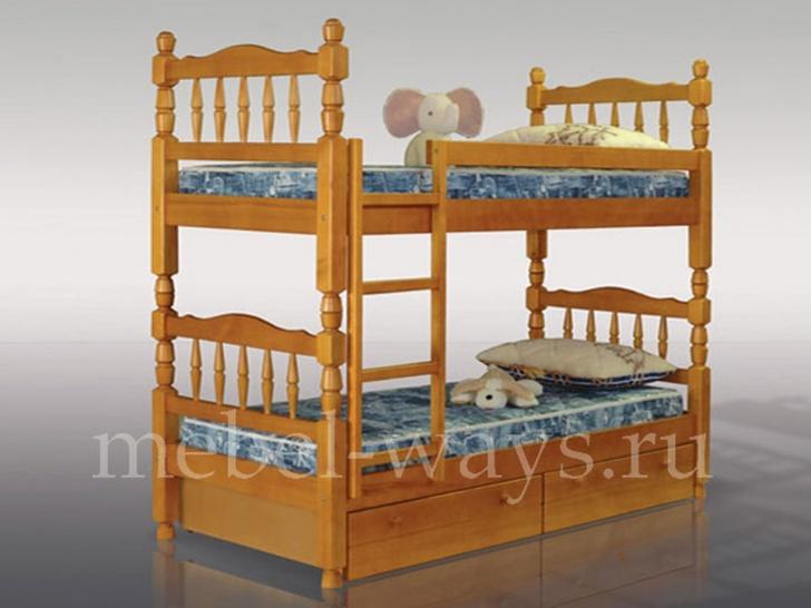 Двухъярусная кровать из массива сосны «Точеная-2»