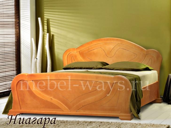 Кровать из цельного массива «Ниагара»
