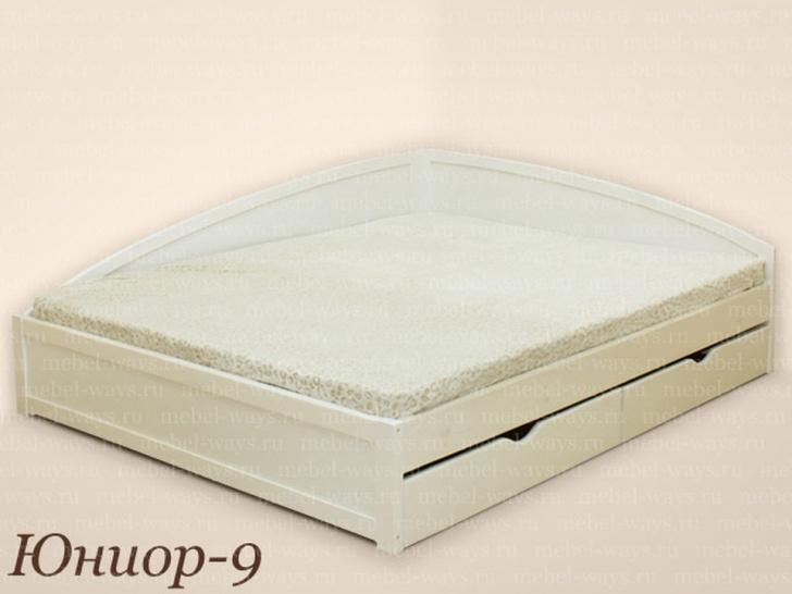 Угловая кровать из массива дерева «Юниор-9»
