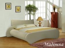 Белая кровать с мягким изголовьем «Мадонна»