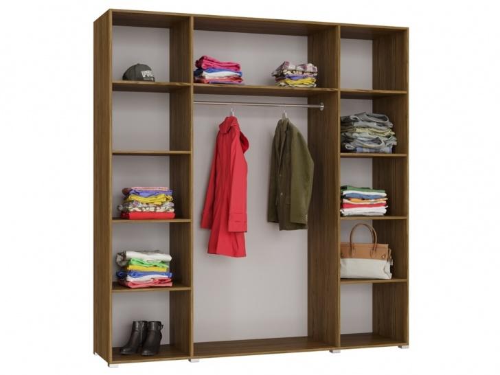 Распашной четырехстворчатый шкаф «Дизайн Люкс – 13» вид внутри