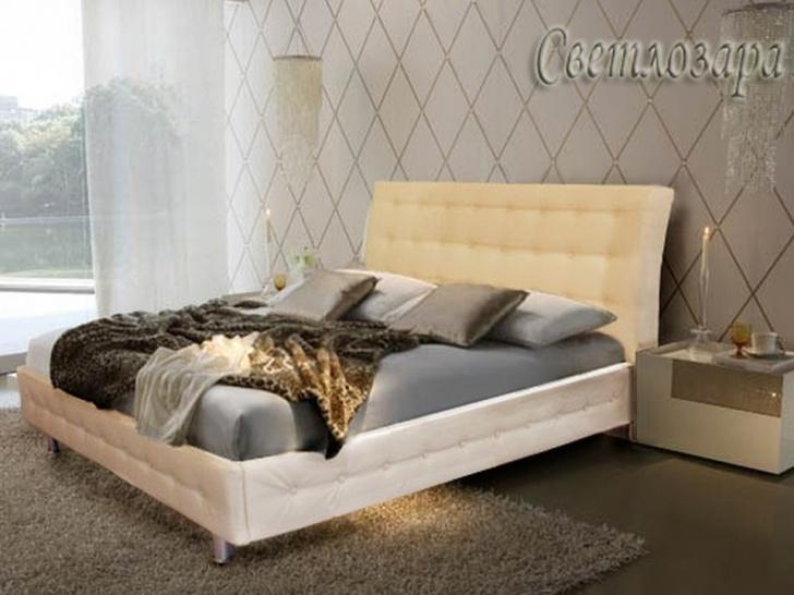 Кровать с изголовьем каретной стяжкой «Светлозара»