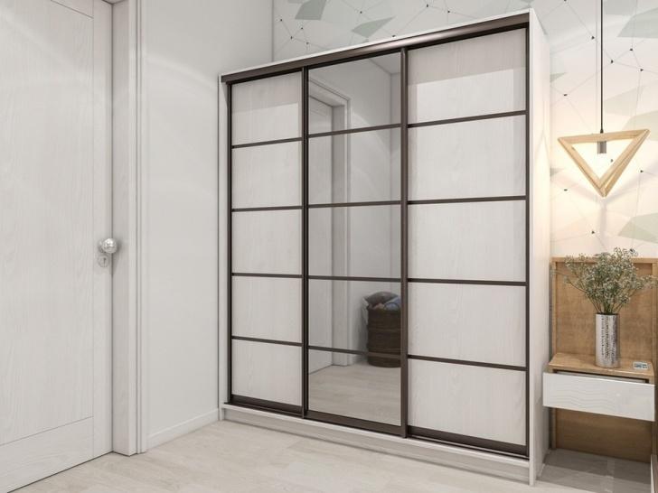 Зеркальный трехдверный шкаф-купе «Манхеттен – 27»